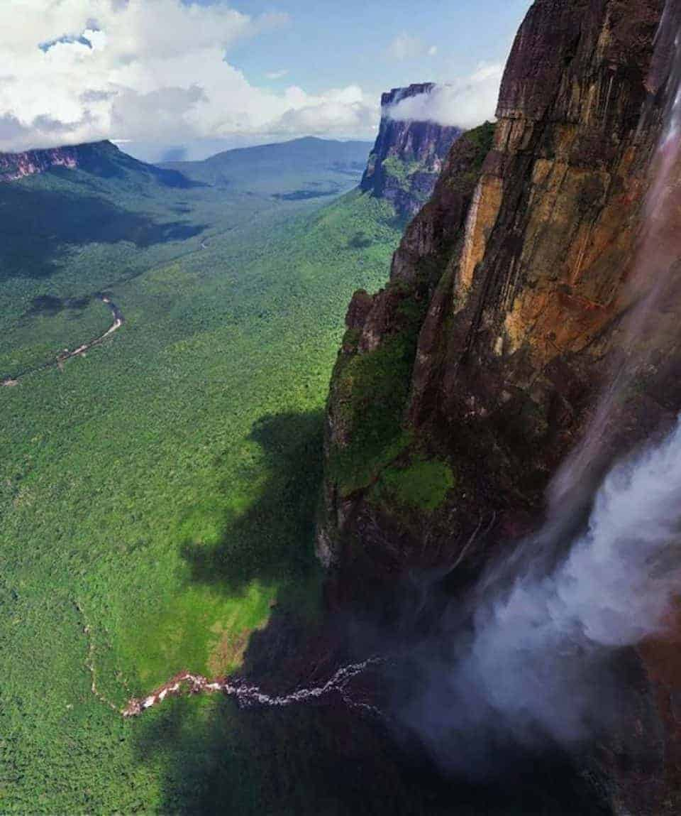 Angel Falls Wide Shot